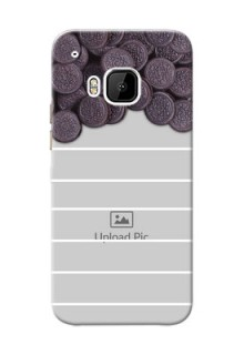 HTC Desire One M9 oreo biscuit pattern with white stripes Design Design